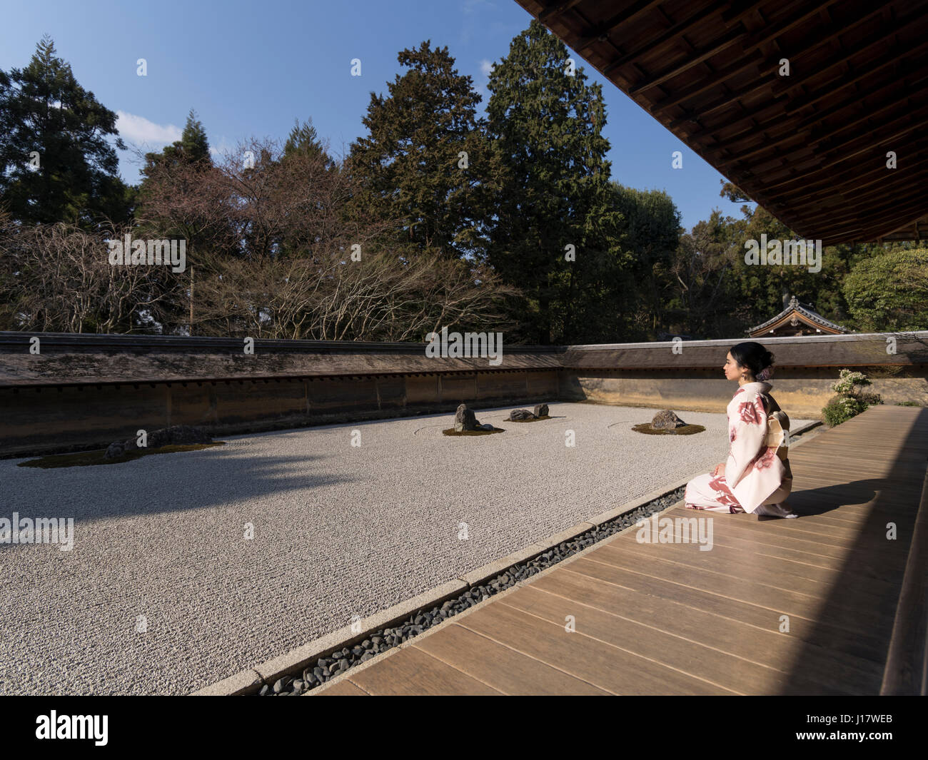 The rock garden at Ryoan-ji, Kyoto. One of the finest examples of a hire-niwa stone garden. Zen meditation. - Stock Image