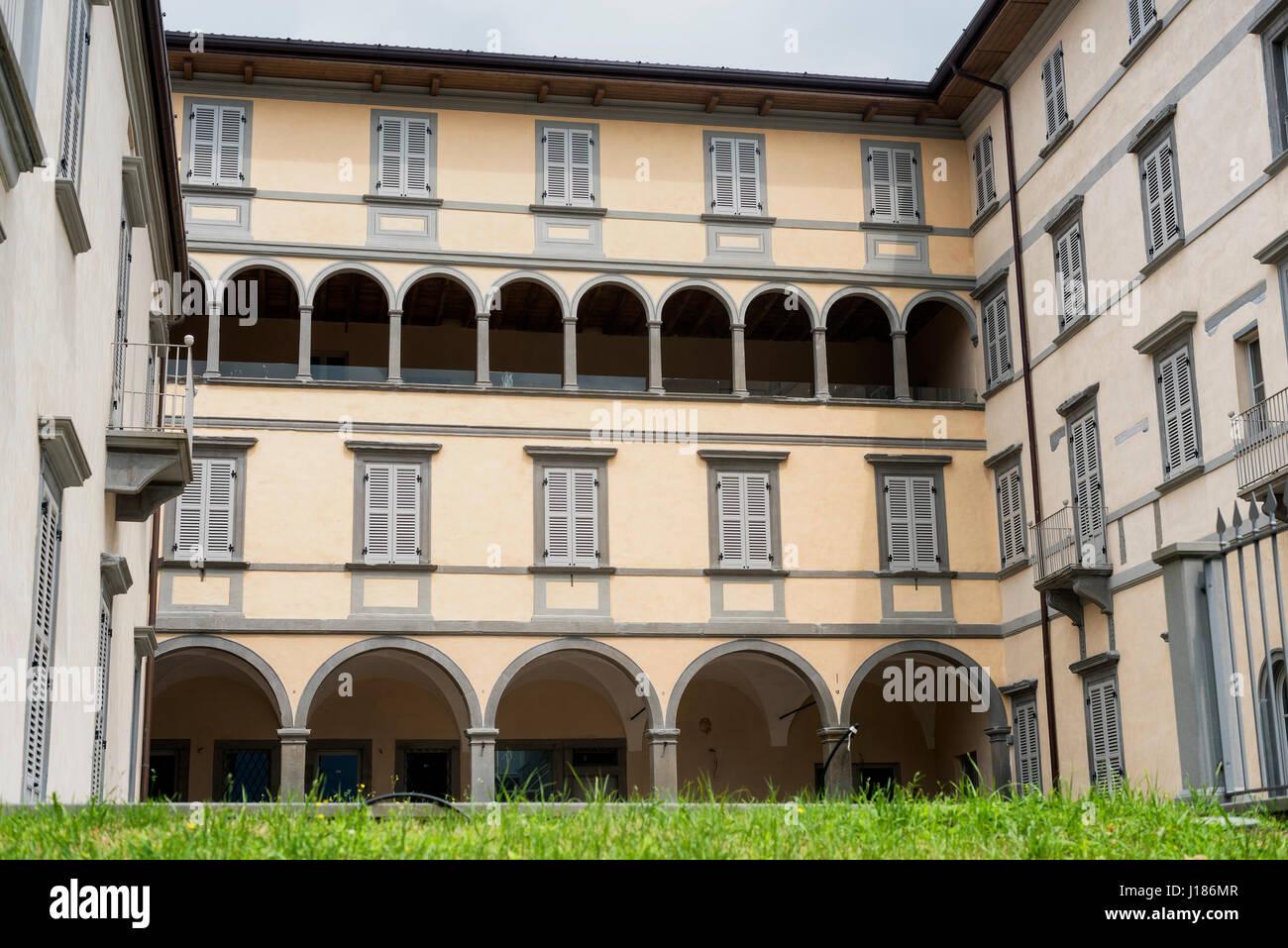 Lovere (Bergamo, Lombardy, Italy): exterior of historic palace - Stock Image