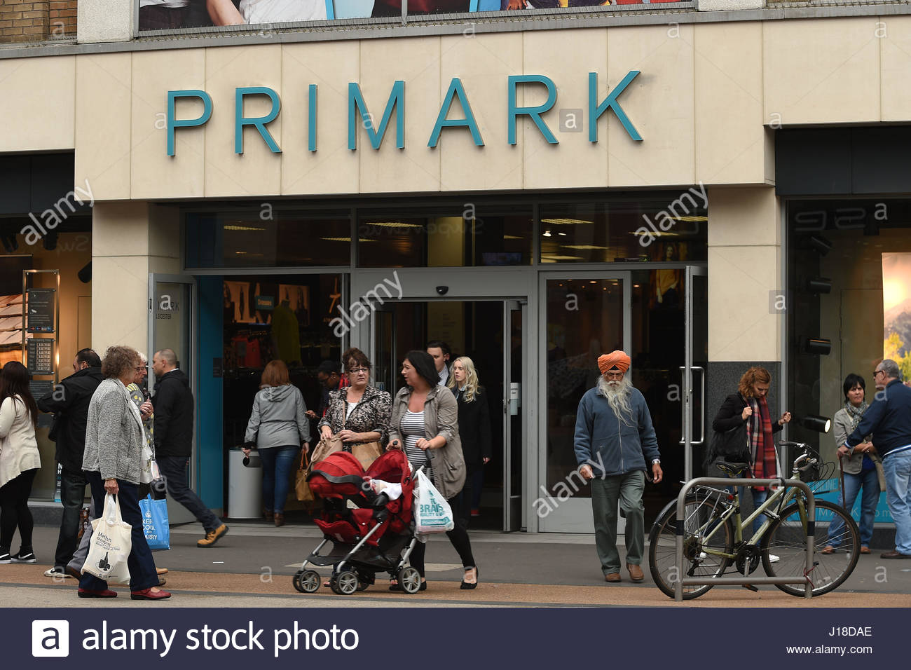File photo dated 24/09/15 of a Primark store in Leicester, as owner Associated British Foods (ABF) reported a strong - Stock Image