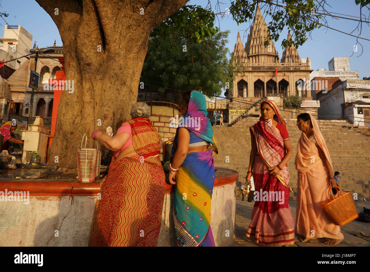Women Performing Shiv Puja Stock Photos & Women Performing