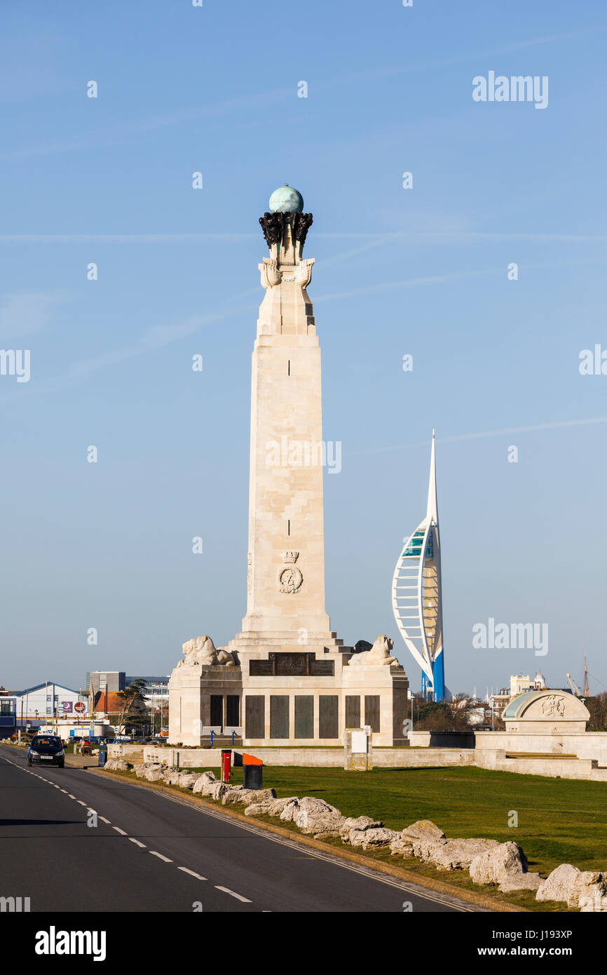 Landscape: Portsmouth Naval Memorial on the seafront promenade in Southsea and the Emirates Spinnaker Tower, Portsmouth, Hampshire, southern England Stock Photo