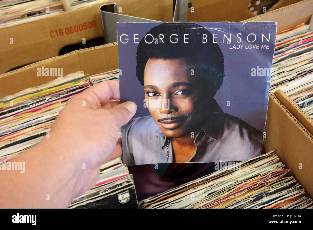 Single record: George Benson - Lady Love Me Stock Photo