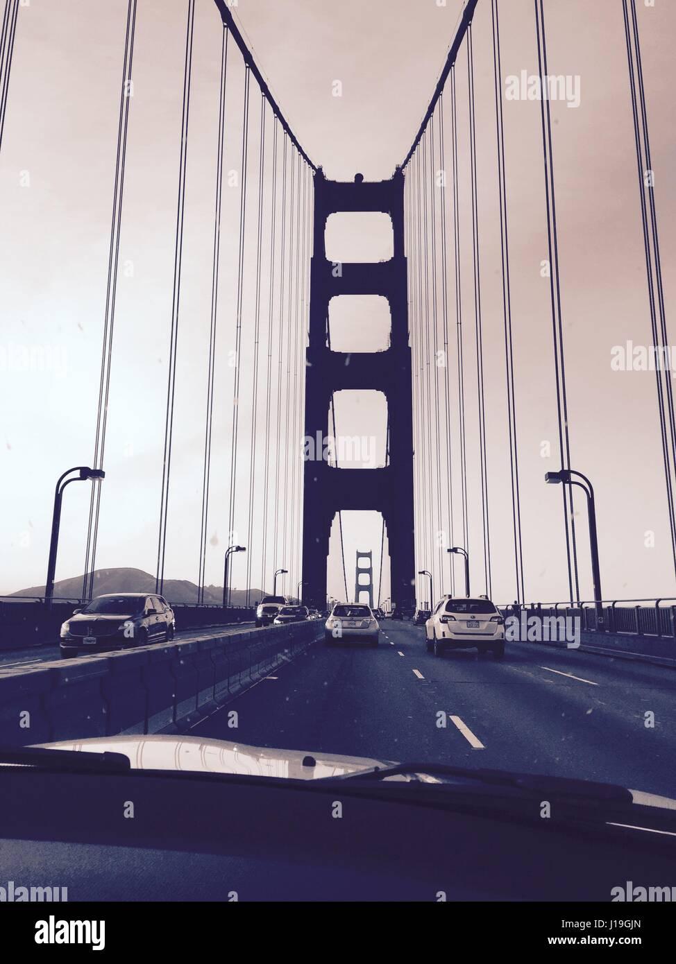Tracing the Golden Gate Bridge - Stock Image