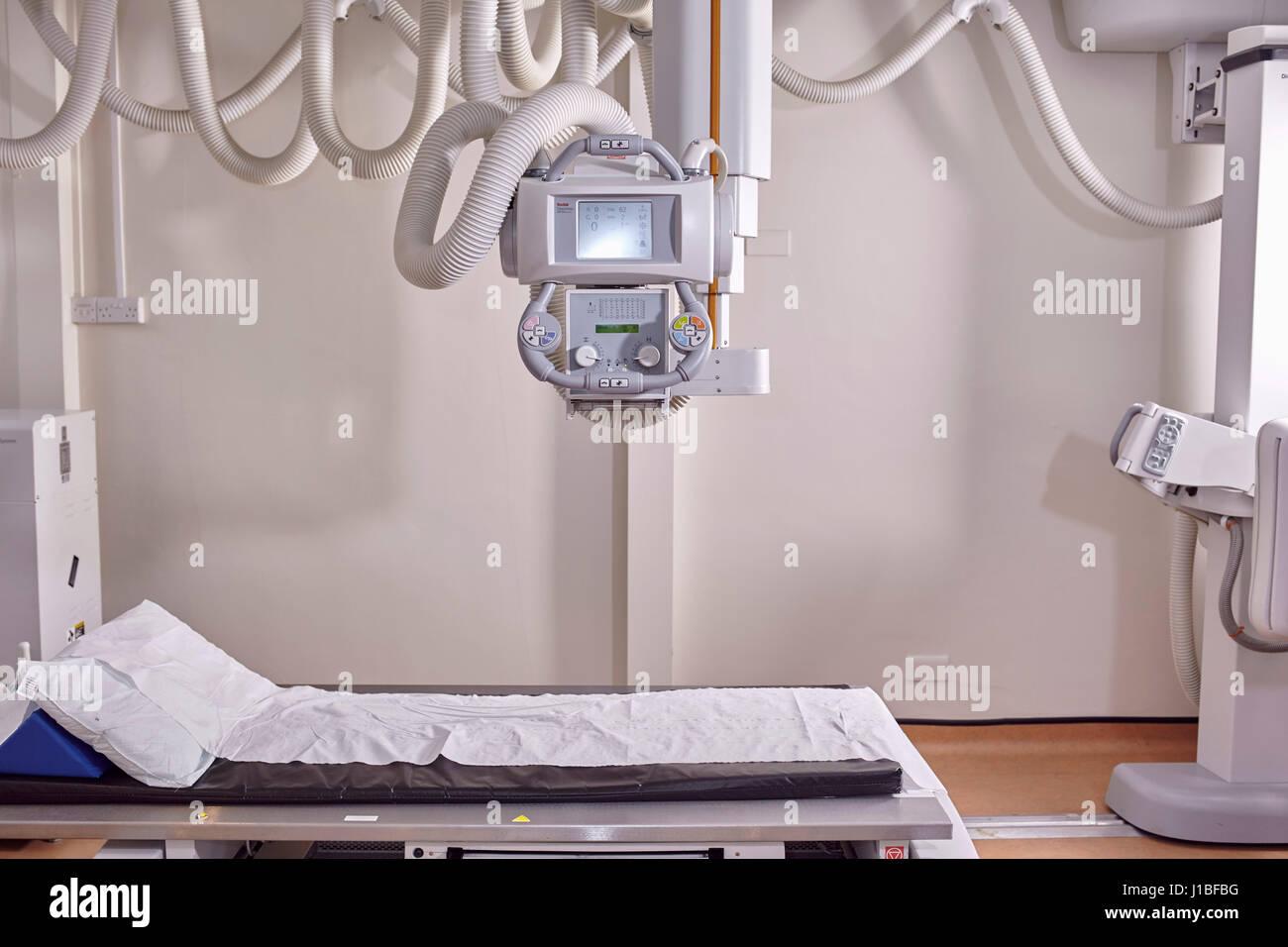 NHS Hospital X-Ray machine Radiology Dept Colour Landscape - Stock Image