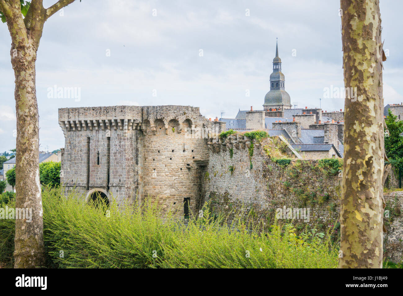 Jardin Anglais Basilique Saint Sauveur Dinan Brittany France