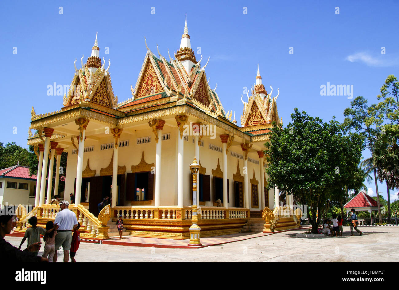 Beautiful Buddist Temple in Sihanoukville, Cambodia, built in the traditional style. Wat Krom - Stock Image