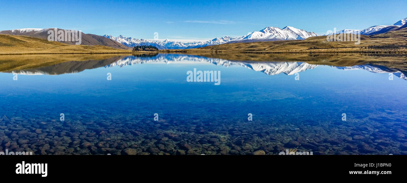 Lake Clearwater, Canterbury high country, South Island, New Zealand. - Stock Image