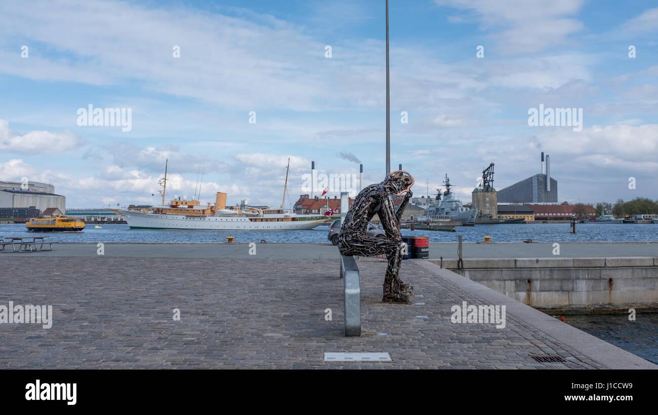 Zinkglobal scrap metal statue by Kim Michael, Copenhagen - Stock Image