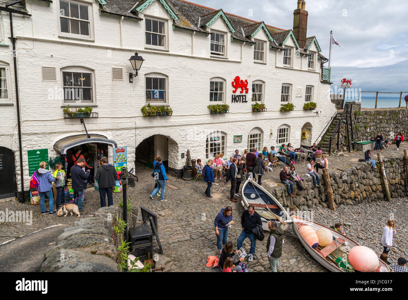 The Red Lion Hotel, Hartland Devon Heritage Coast,The Quay,North Devon,UK,England. A area of outstanding natural - Stock Image