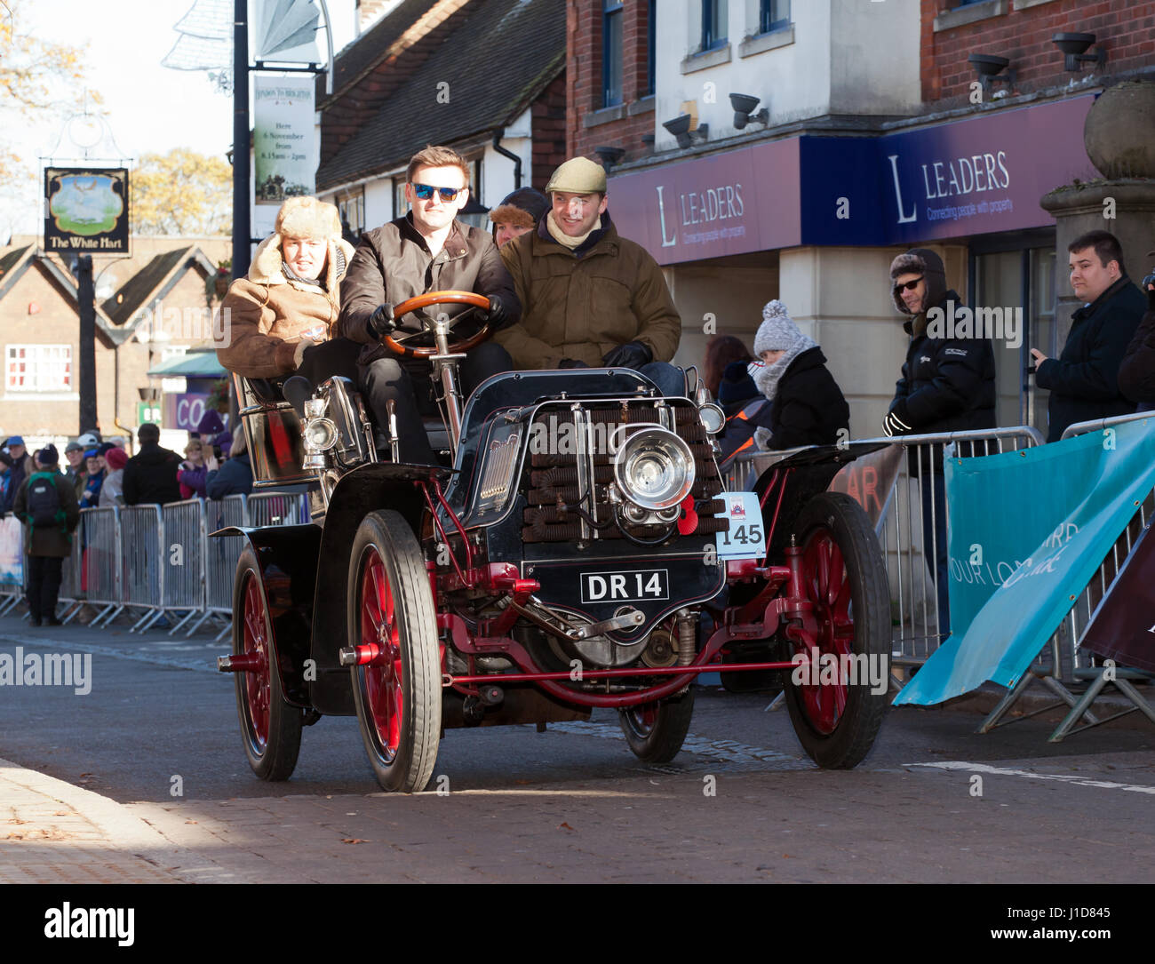 A 1902  M.M.C. driven by Mr Henry Lawson, passes through Crawley High Street, during the 2016 London to Brighton - Stock Image