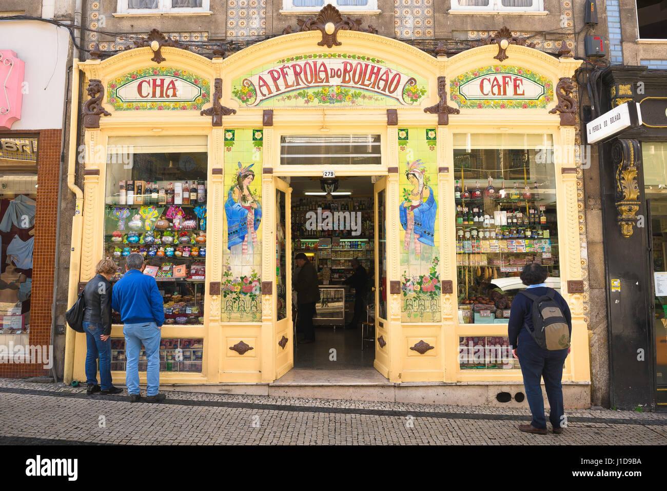 Shop Porto Portugal, colourful art nouveau style exterior of a shop in the Bolhao area of the centre of Porto (Oporto). - Stock Image