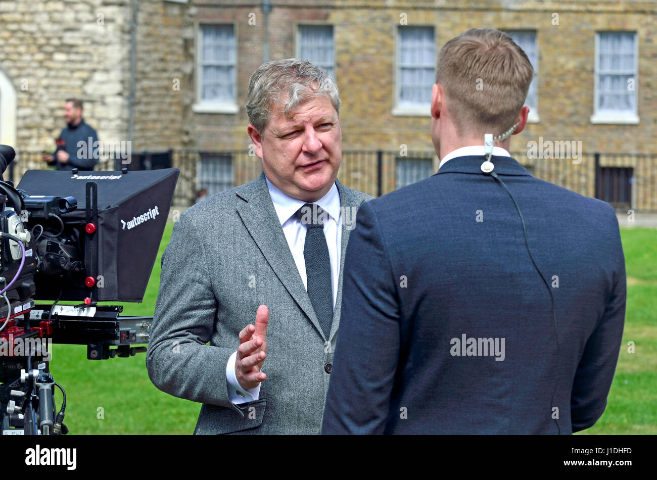Angus Robertson MP (SNP: Moray) being interviewed on College Green, Westminster 18th April 2017 shortly after a - Stock Image