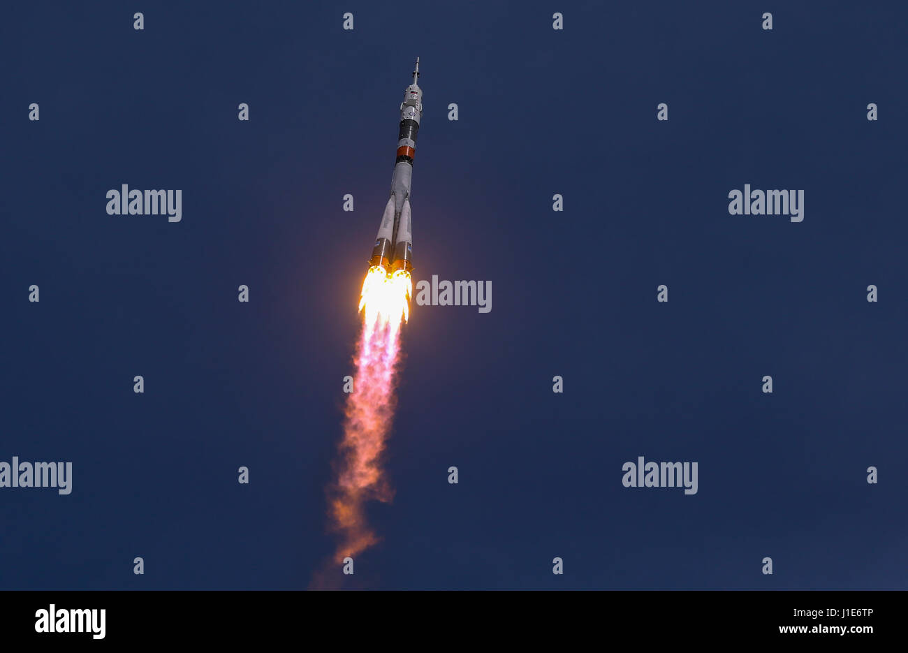 Baikonur Cosmodrome. 20th Apr, 2017. Russia's Soyuz MS-04 spacecraft blasts off from the launch pad at Baikonur - Stock Image