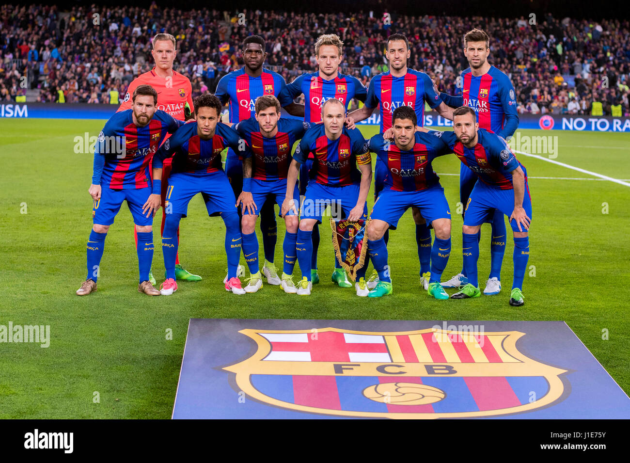 Barcelona, Spain. 19th Apr, 2017. FCFC Barcelona team group line-up Football/Soccer : FC Barcelona team group (L - Stock Image