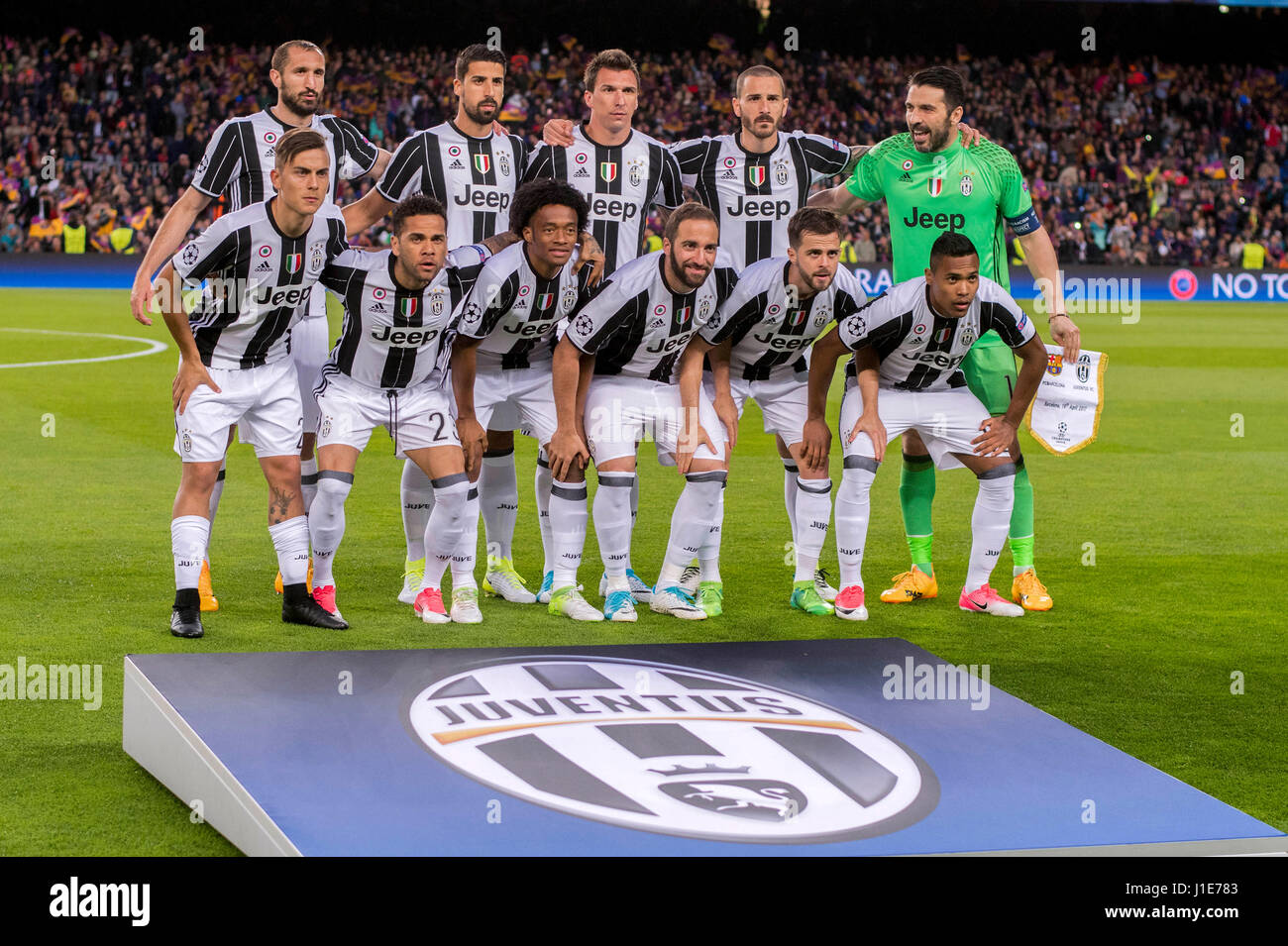 Barcelona Spain 19th Apr 2017 Juventus Team Group Line Up Stock Photo Alamy