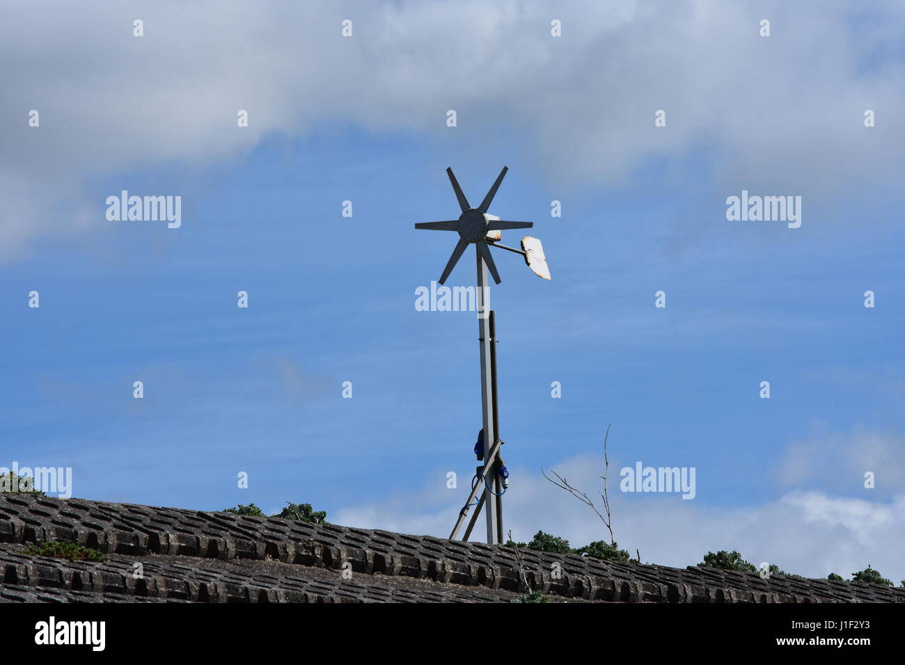 Domestic Wind Turbine at Snettisham Beach, Norfolk, UK - Stock Image