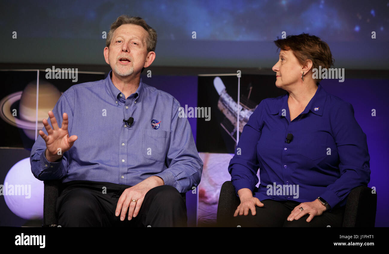 NASA Science Mission Directorate Planetary Science Division Director Jim Green (left) and NASA Headquarters Astrobiology - Stock Image