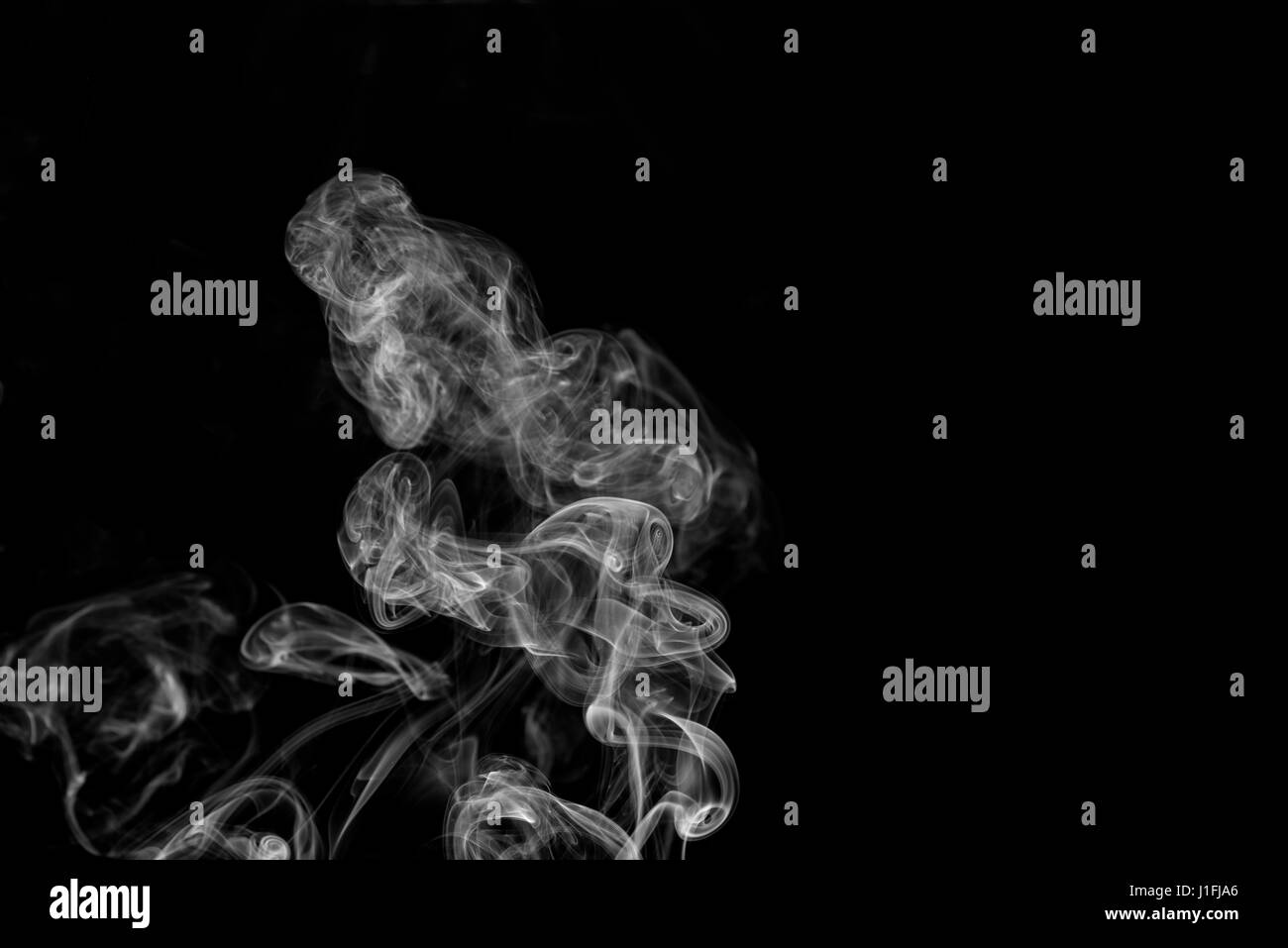 white smoke abstract on black background with copy space, darkness concept - Stock Image