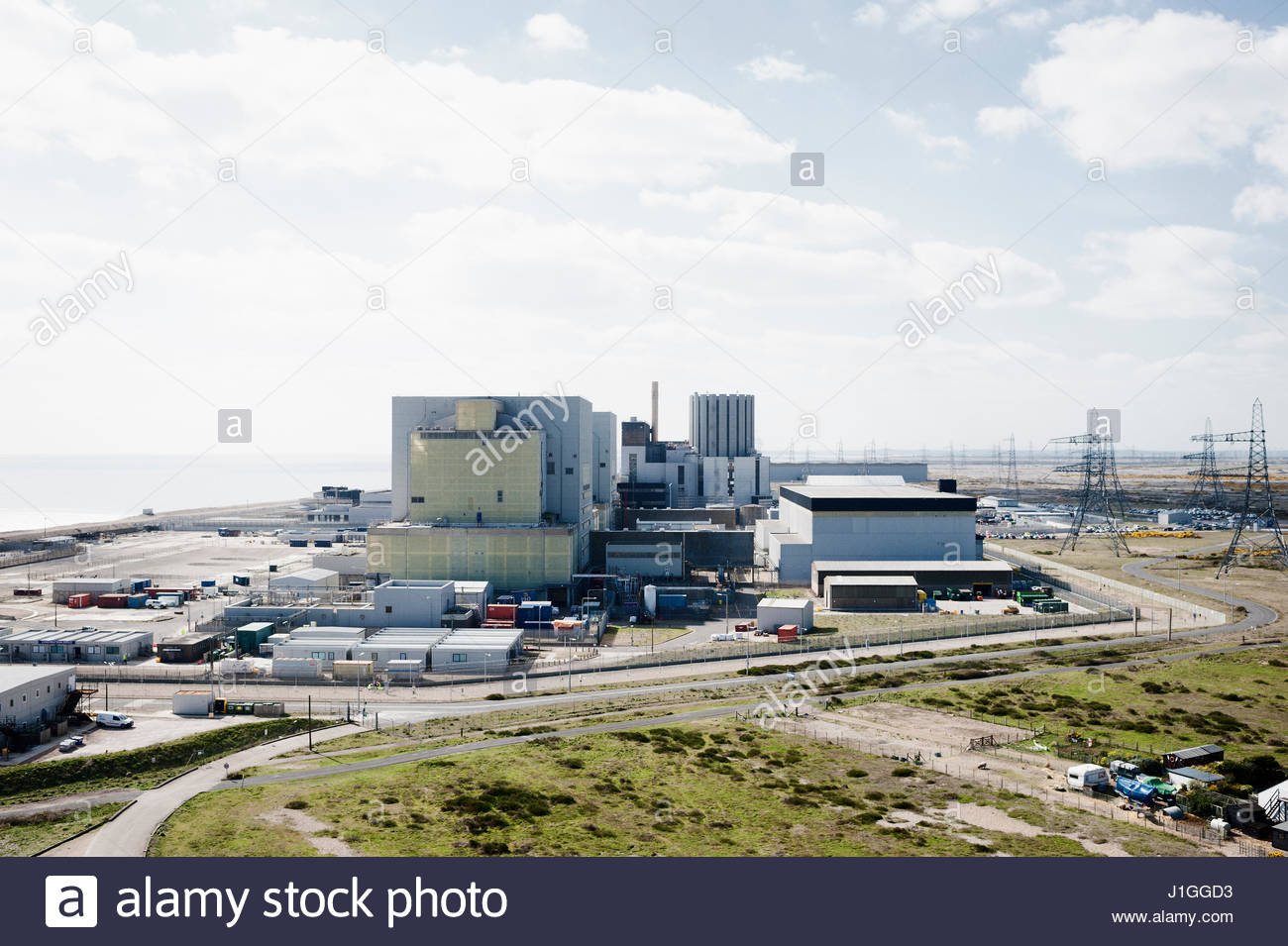 Dungeness Nucleur Power Station, Dungeness, Kent, UK. Wednesday 5th April 2017. (c) Jonathan James Syer / Alamy - Stock Image