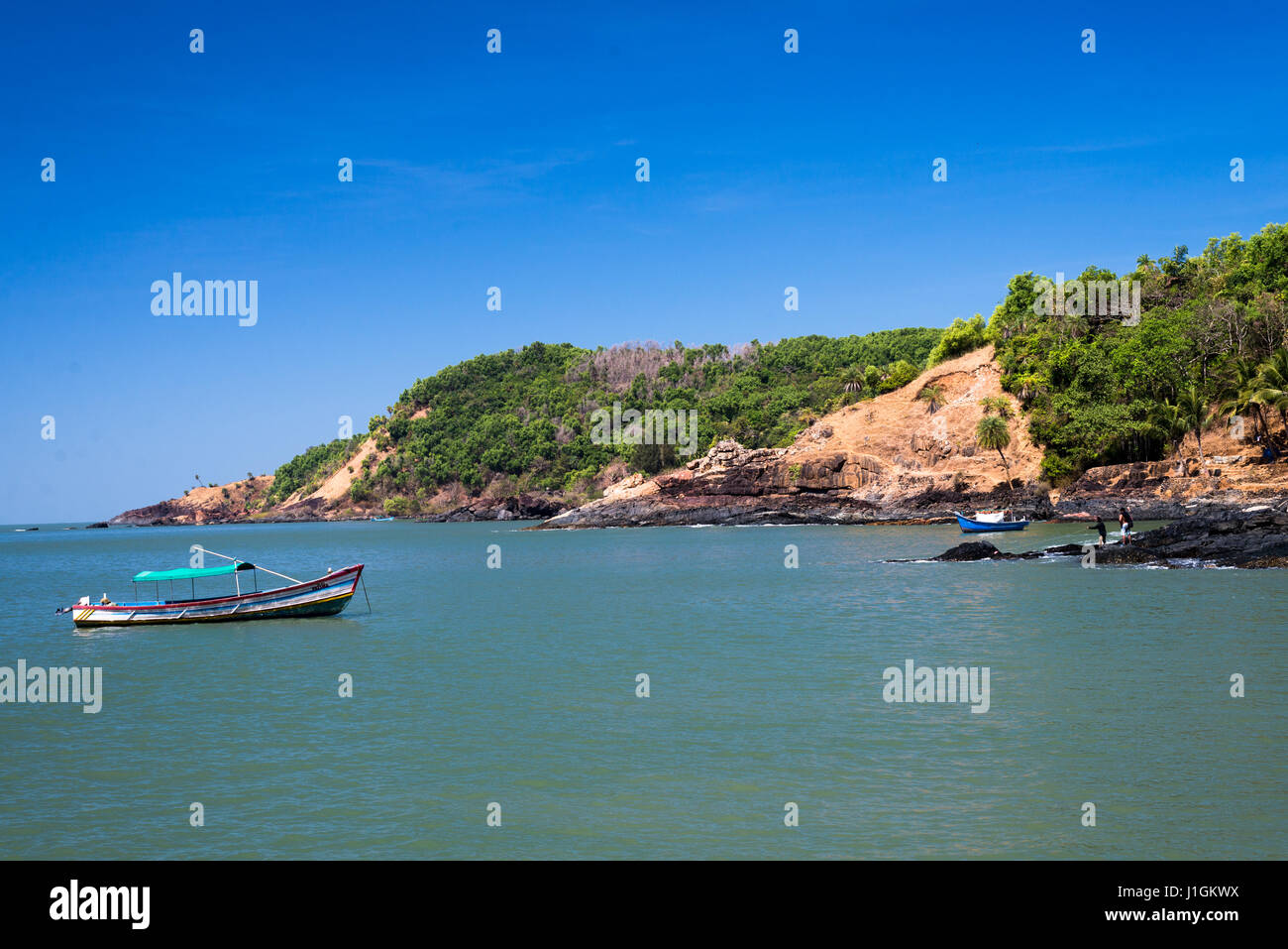 Sea shore boat - Stock Image
