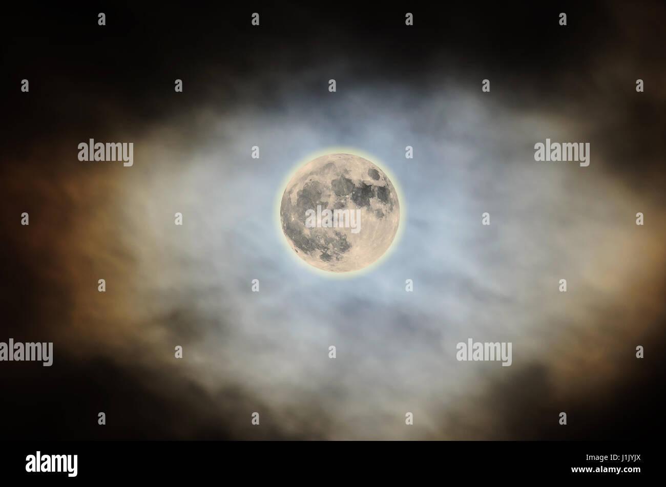 e8ba2c21e1db5 Super Moon Detail Stock Photos   Super Moon Detail Stock Images - Alamy