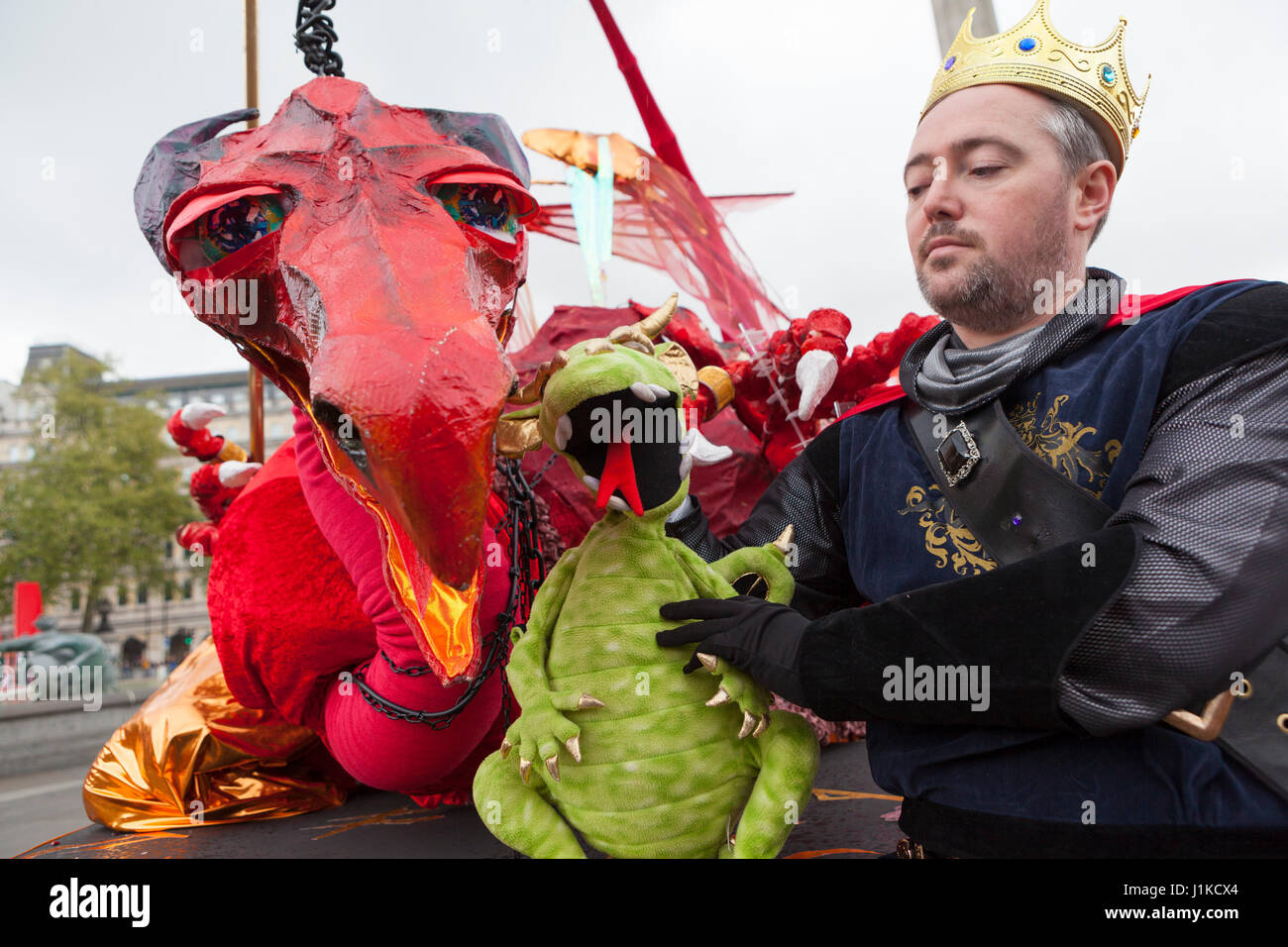 Trafalgar Square, London UK. 22 April, 2017. Feast of St. George.  Hundreds of red and white revellers celebrate Stock Photo