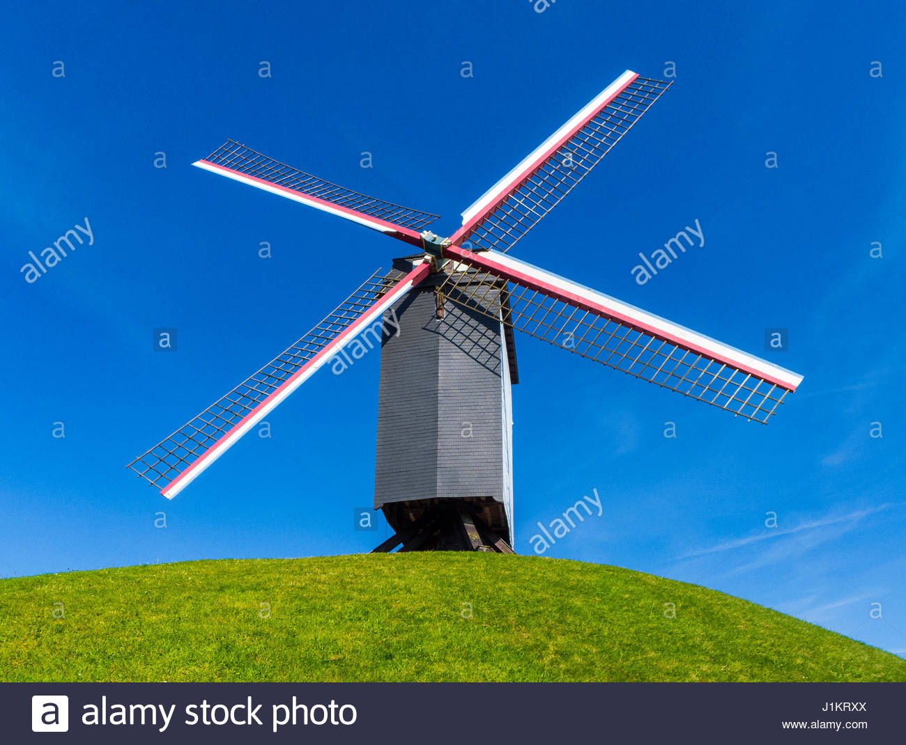 Belgium, West Flanders (Vlaanderen), Bruges (Brugge). Bonne Chieremolen windmill on the Kruisvest park. - Stock Image