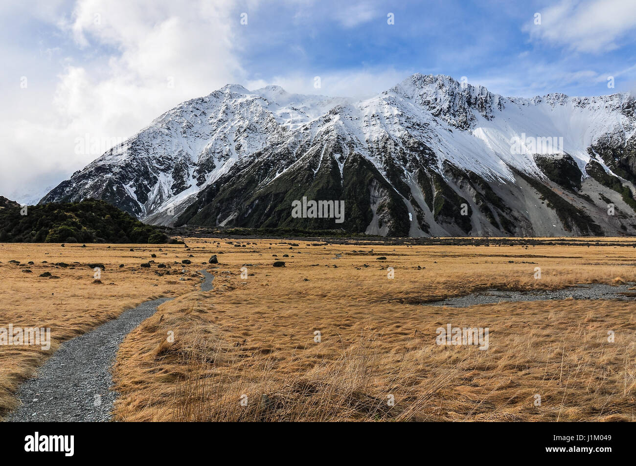 Following the Hooker Track in the Aoraki/Mount Cook National Park, New Zealand - Stock Image