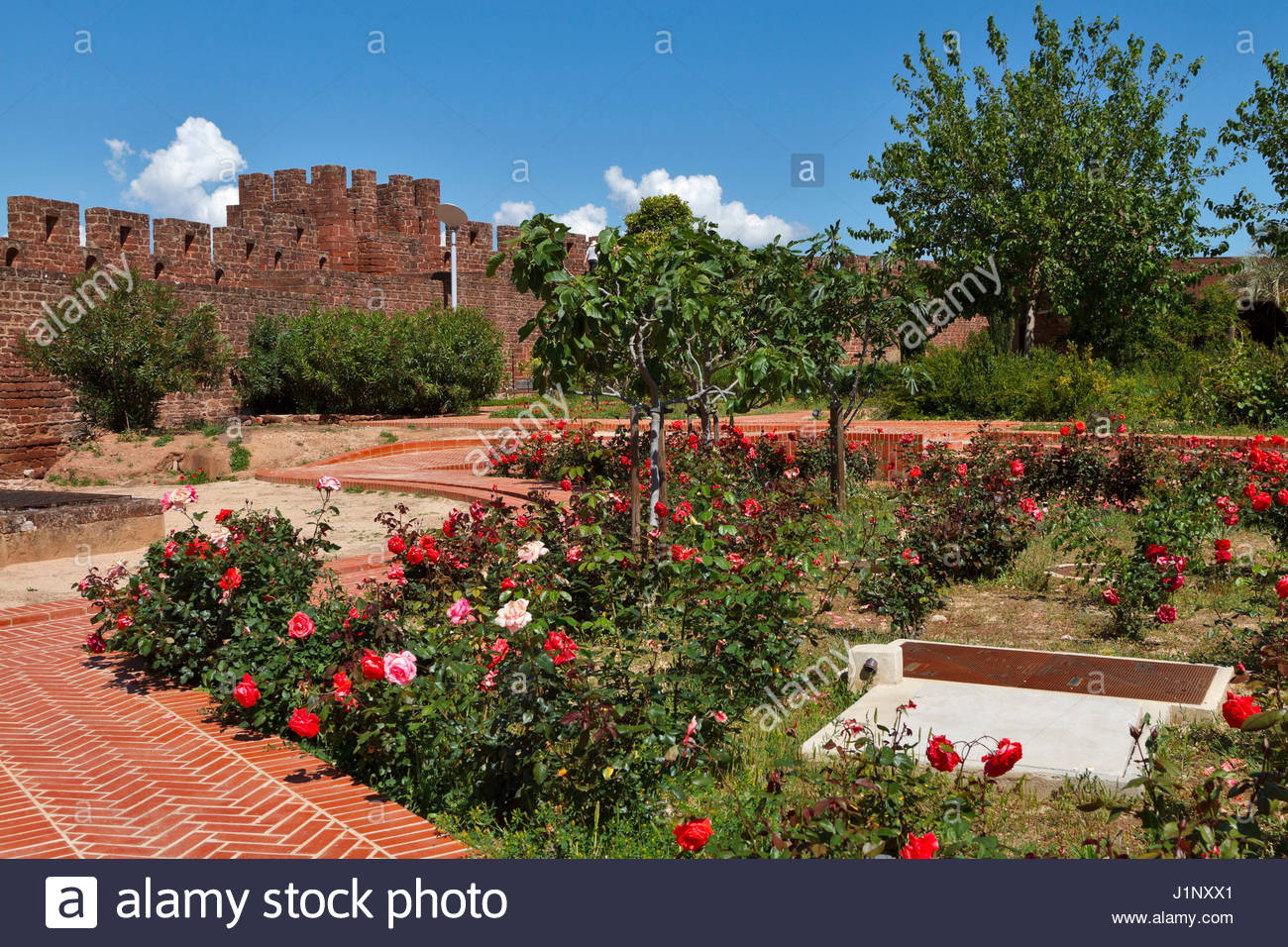 SILVES CASTLE GARDENS ALGARVE PORTUGAL Stock Photo: 138779705 - Alamy