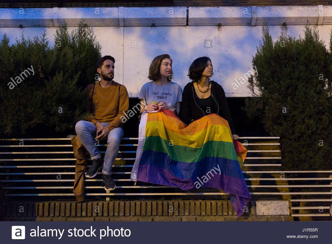 Madrid, Spain. 21st Apr, 2017. Demonstration in the embassy of Rusia in Madrid. Around a thousand of people havemade - Stock Image