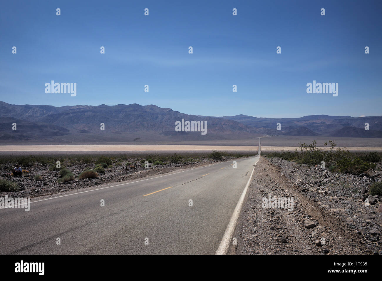 Highway 90 in Death Valley - Stock Image