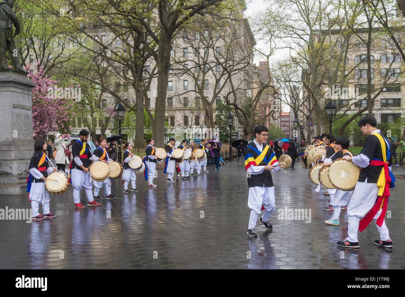 New York, NY 22 April 2017 - NYU Rhythmic Impulse, a group of Korean NYU Students who play traditional Korean drums, - Stock Image