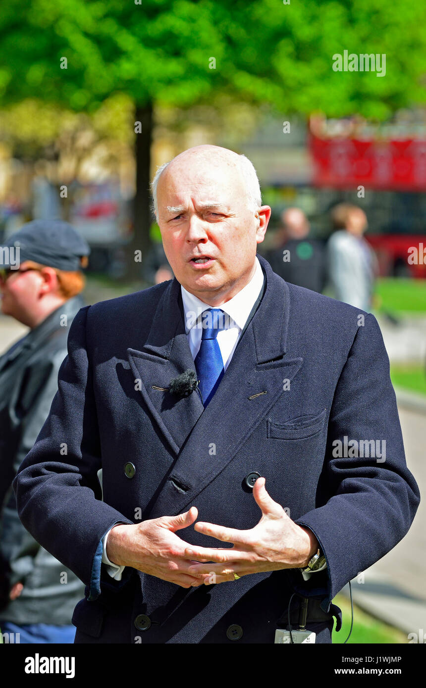 Iain Duncan Smith (Con: Chingford and Woodford Green) on College Green, Westminster 18th April 2017 shortly after - Stock Image
