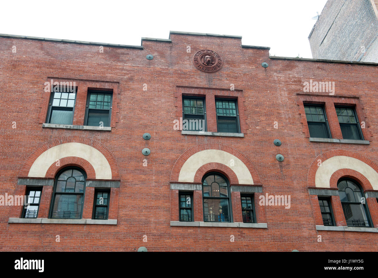 The American Express stables on Hubert Street in what is now called the Tribeca North Historic District were built - Stock Image