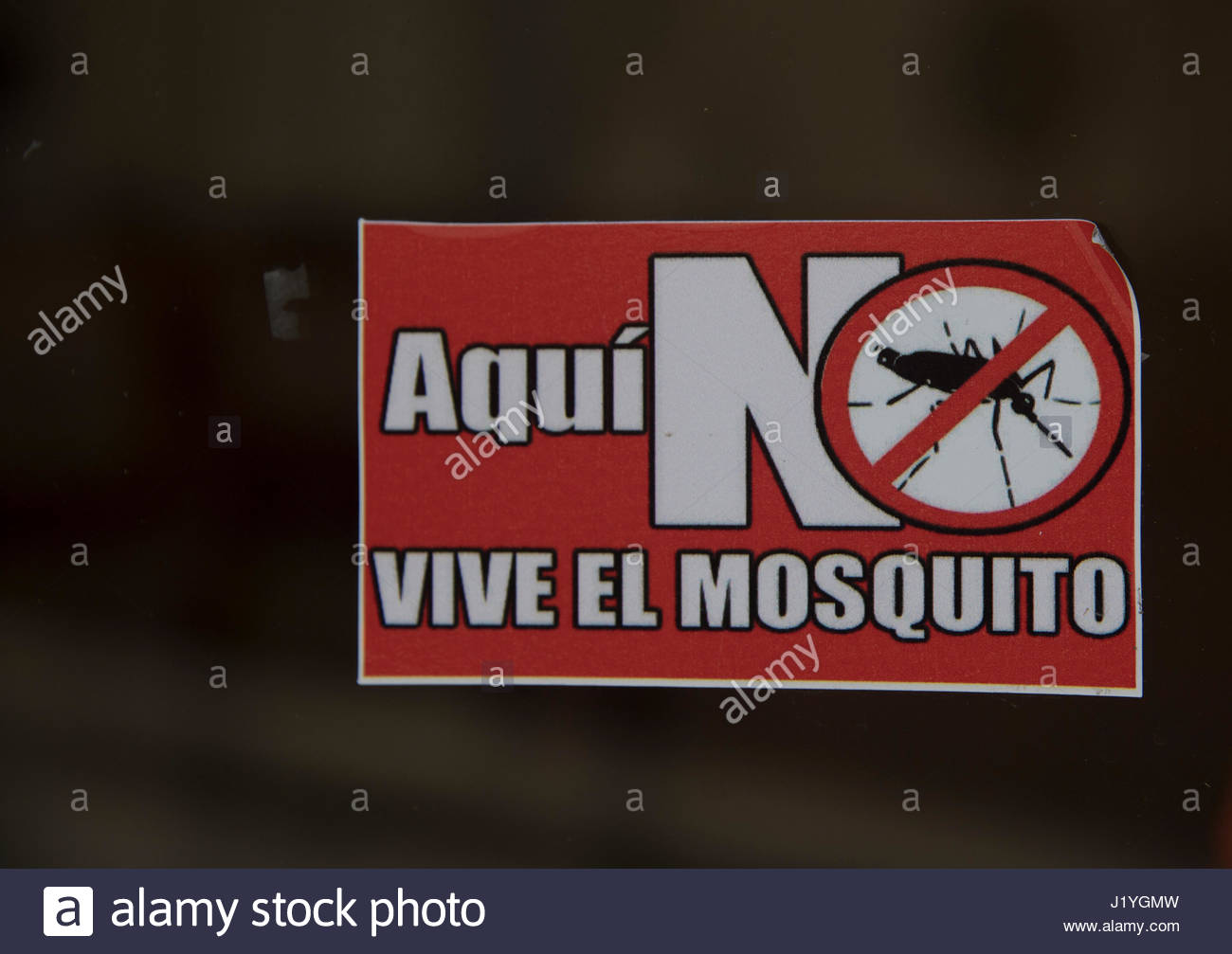 Battle against disease vectors: 'The Mosquito Don't Live Here' sign.  In epidemiology, a disease vector - Stock Image