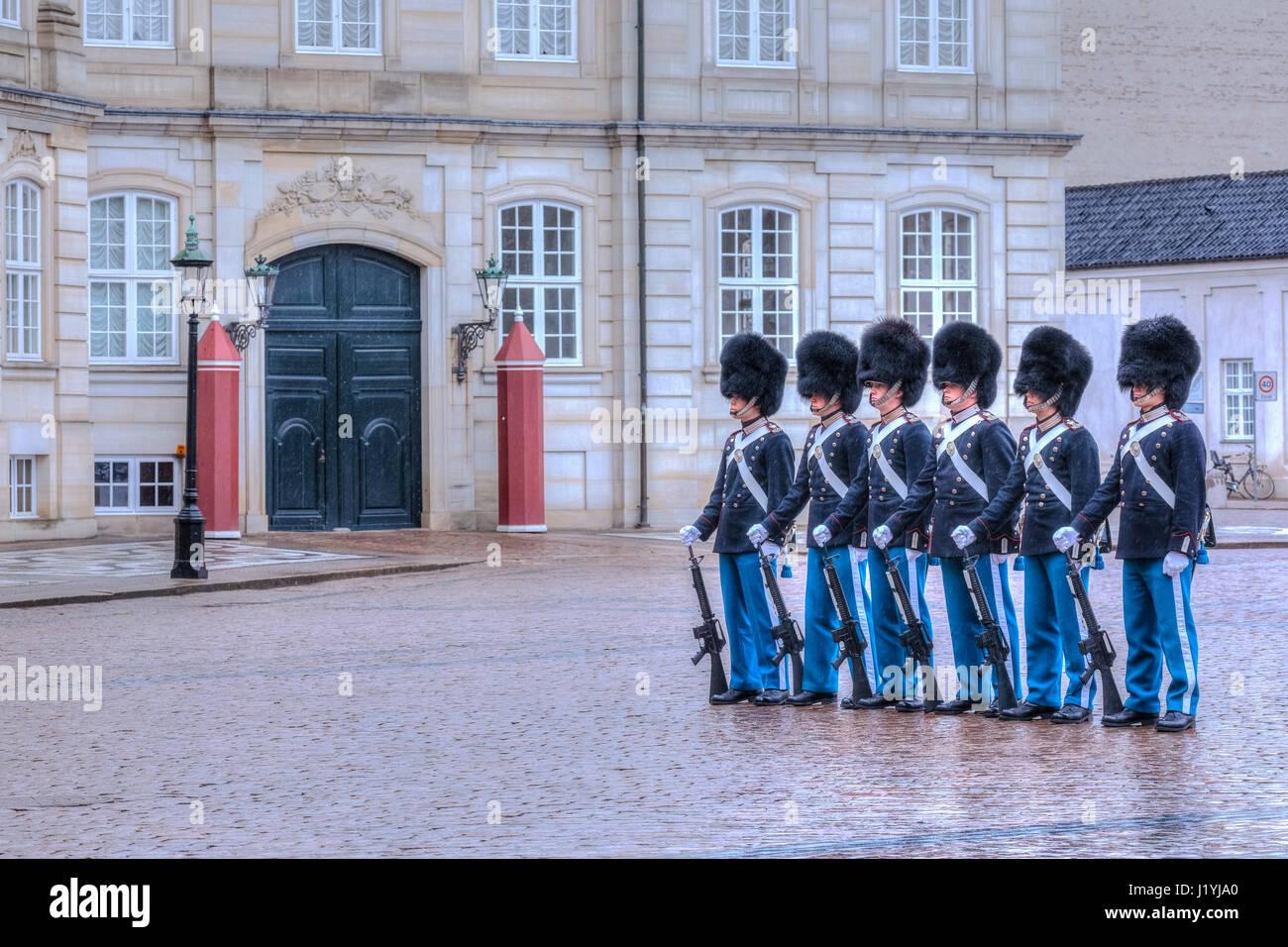 guards at Palace Amalienborg in Copenhagen, Denmark, Scandinavia - Stock Image
