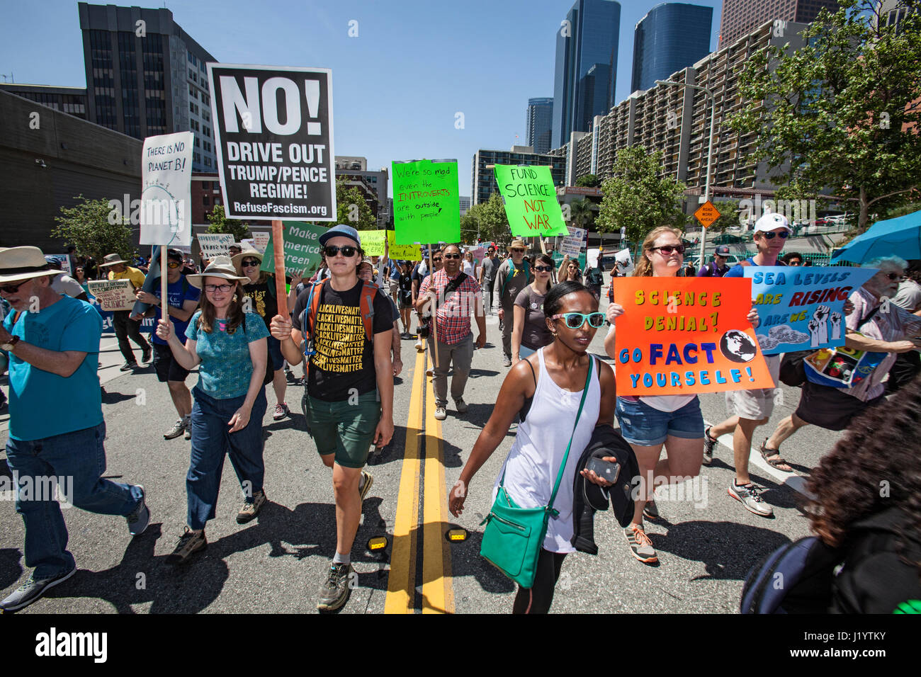 Los Angeles, USA. 22nd April, 2017. March for Science, Downtown Los Angeles, Earth Day, April 22, 2017 Credit: Citizen Stock Photo
