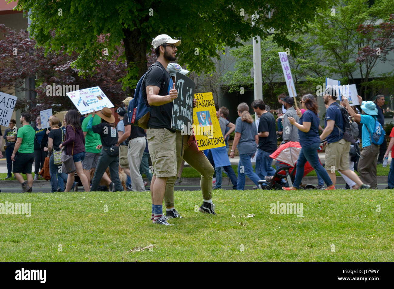 Sacramento, California, USA. 22nd Apr, 2017. People in Sacramento carrying signs and chanting slogans during the Stock Photo