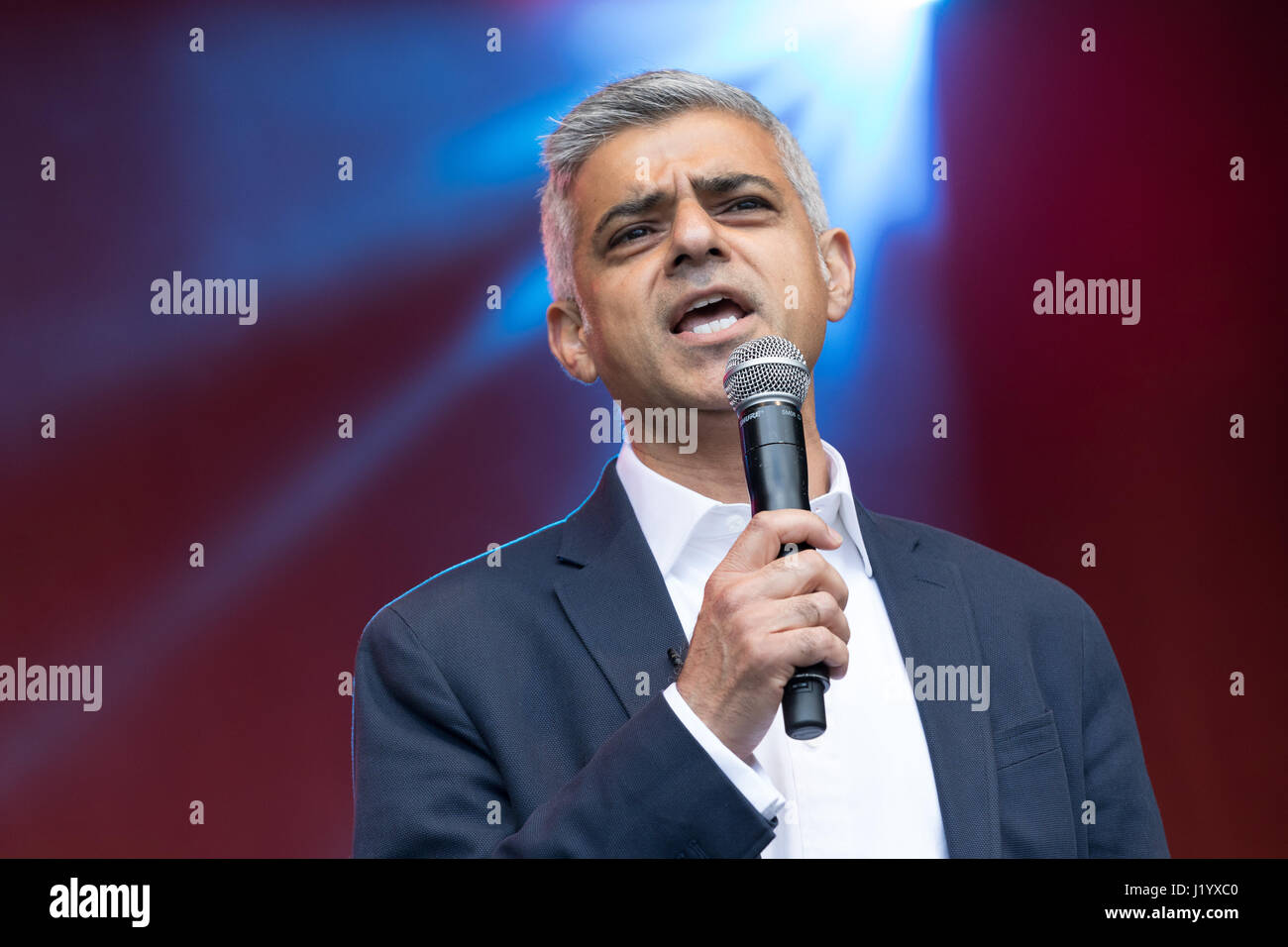 London, UK. 22nd April 2017. Sadiq Khan, Mayor of London speaking on the stage at St George's Day celebrations - Stock Image
