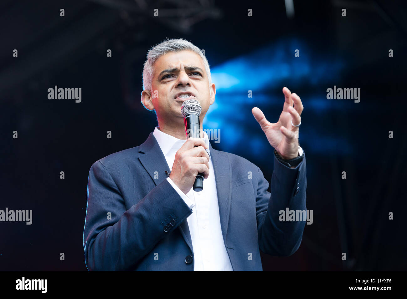 London, UK. 22nd April 2017. Sadiq Khan, Mayor of London speaking on the stage at St George's Day celebrations in Stock Photo