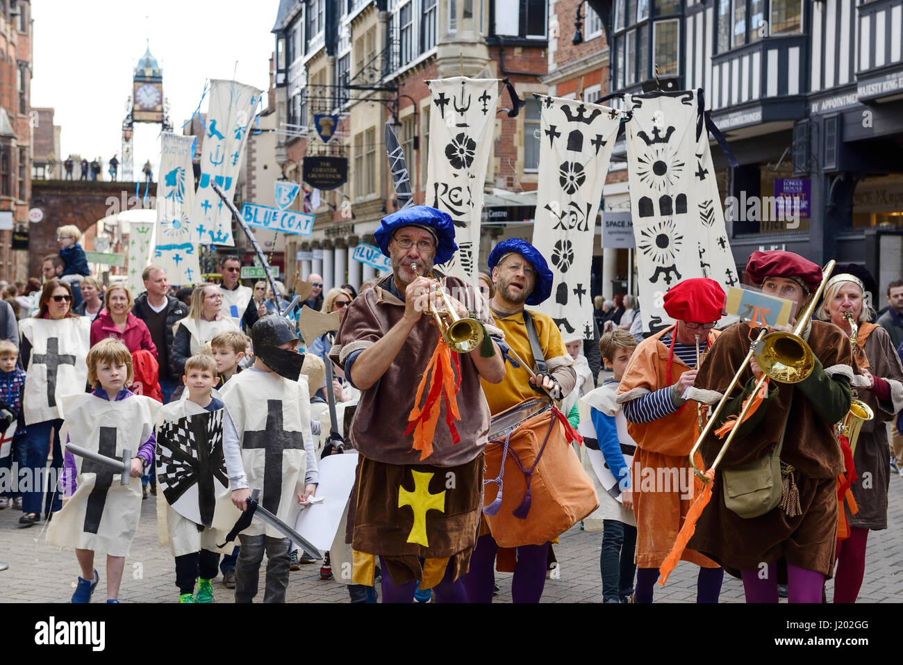 Chester, UK. 23rd April 2017. The St George's day parade through the streets of Chester with a medieval street - Stock Image