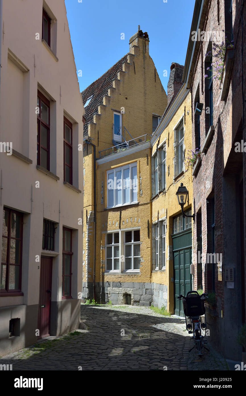 Narrow old street in center of Ghent, Belgium, on July 19, 2016 - Stock Image