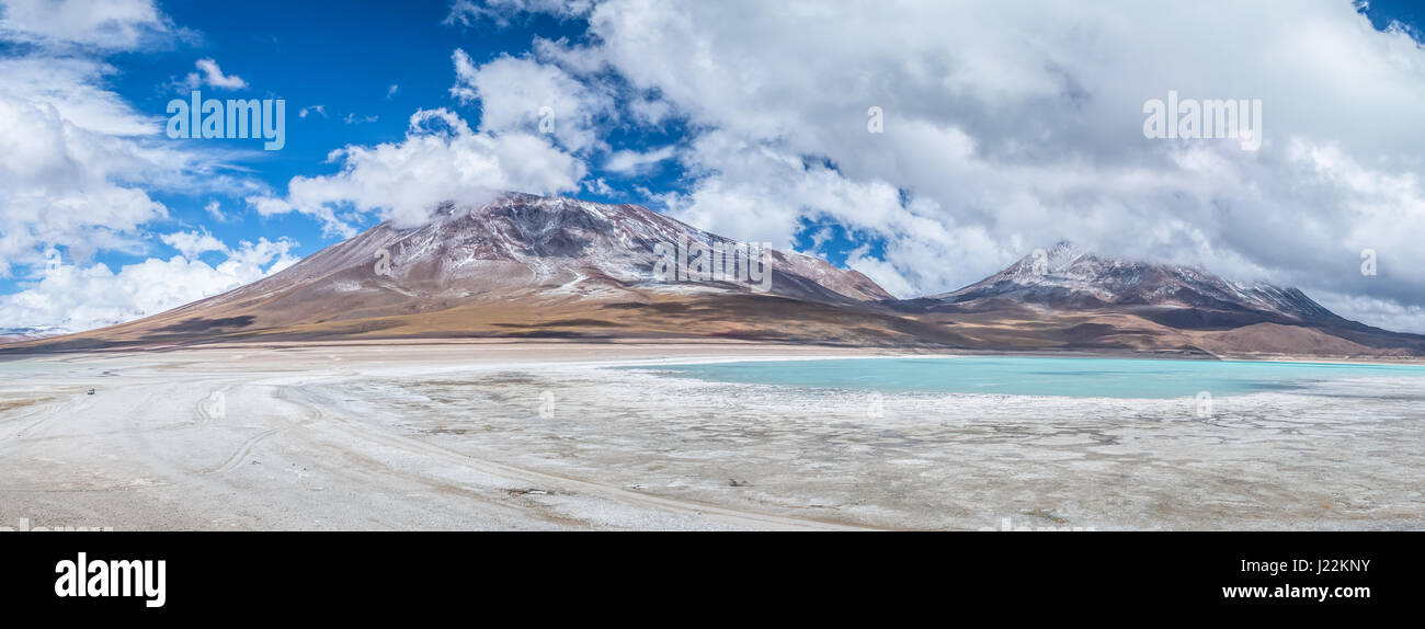 Panoramic view of Laguna Verde (Green Lagoon) and Licancabur Volcano in Bolivean altiplano - Potosi Department, - Stock Image