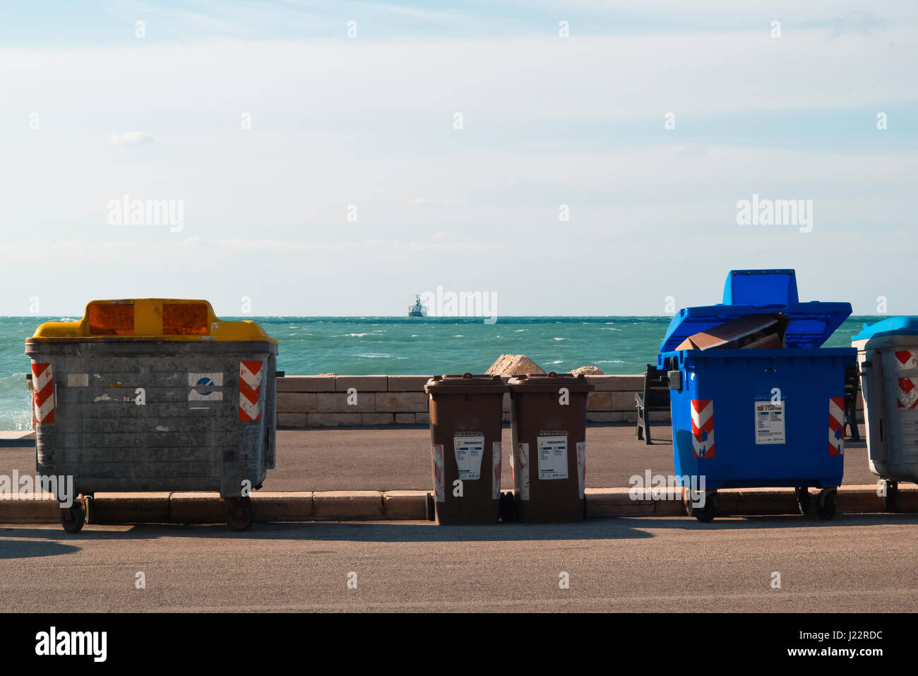 Waste bin on the waterfront - Stock Image