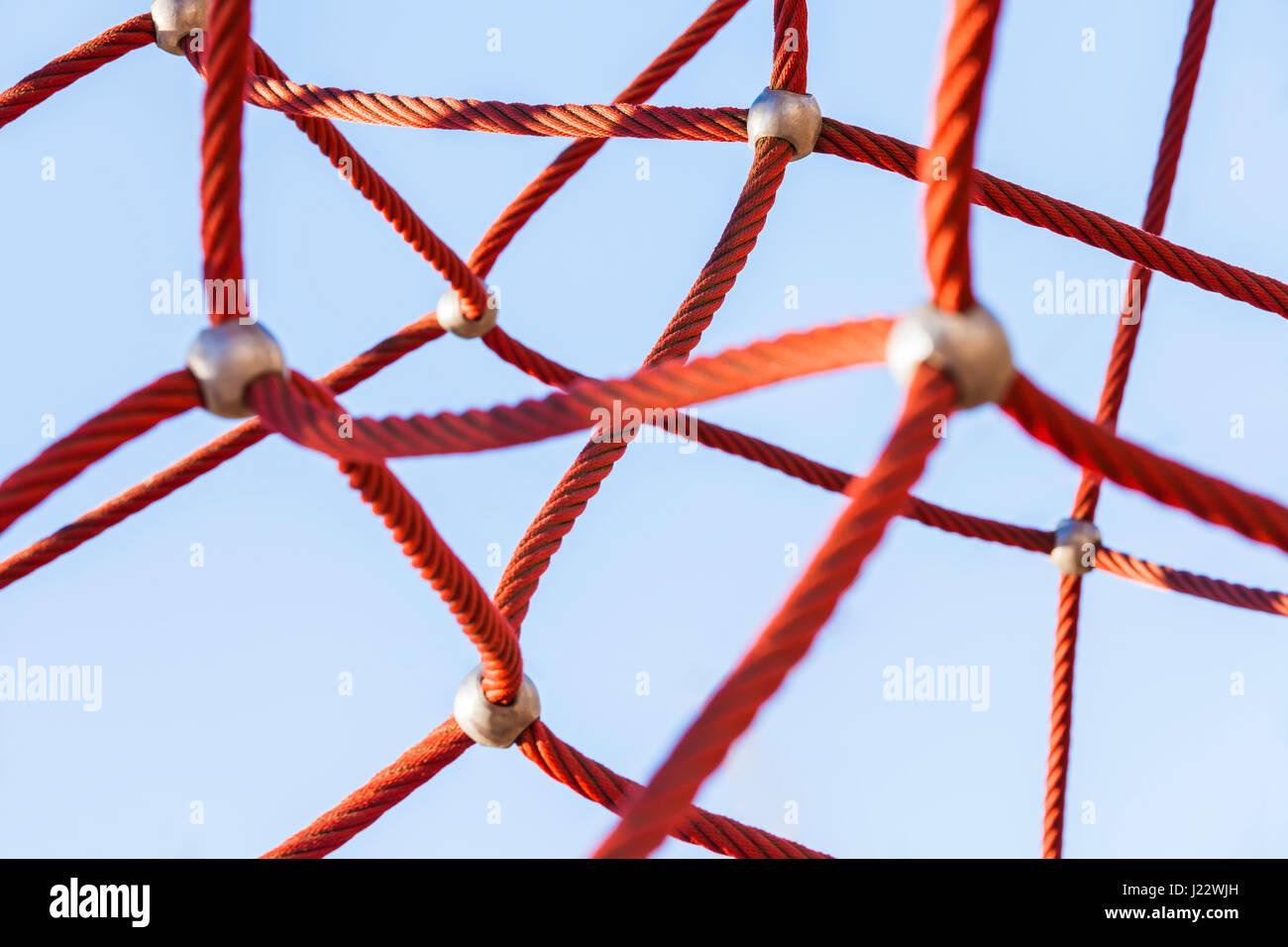 Deutschland, Spielplatz, Kletternetz für Kinder, Netzwerk, Vernetzung, Verbindung, Kommunikation, Seil, Kletterseil, - Stock Image