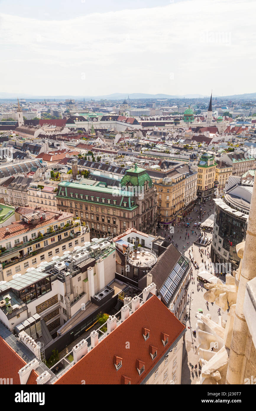 Österreich, Wien, Stadtansicht, Blick über Einkaufsstraße Graben, Fußgängerzone - Stock Image