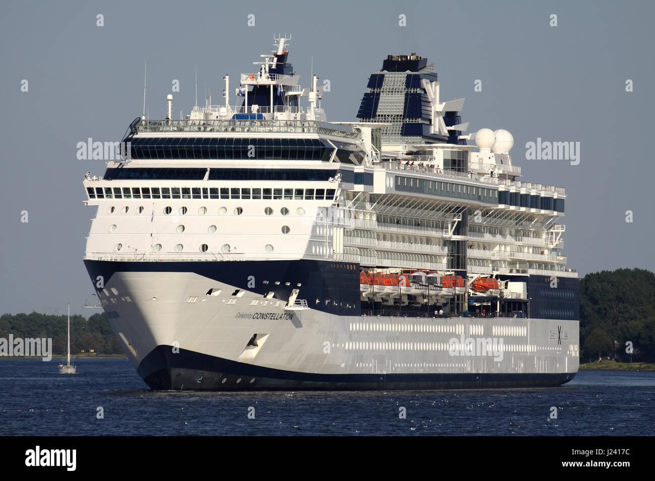 Celebrity Constellation | Modern Luxury Celebrity Cruise ...