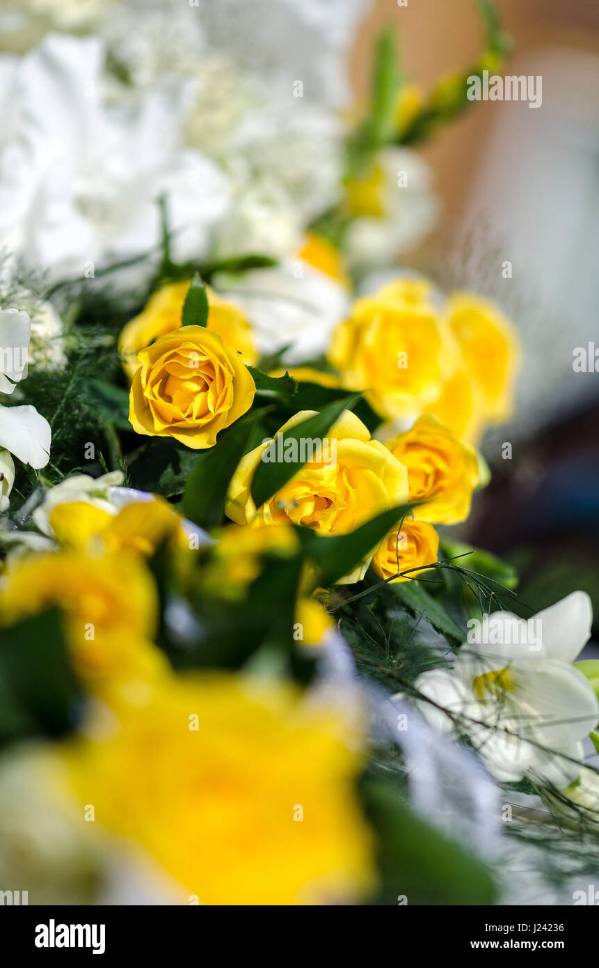 White And Yellow Flowers In The Wedding Floral Decorations Stock