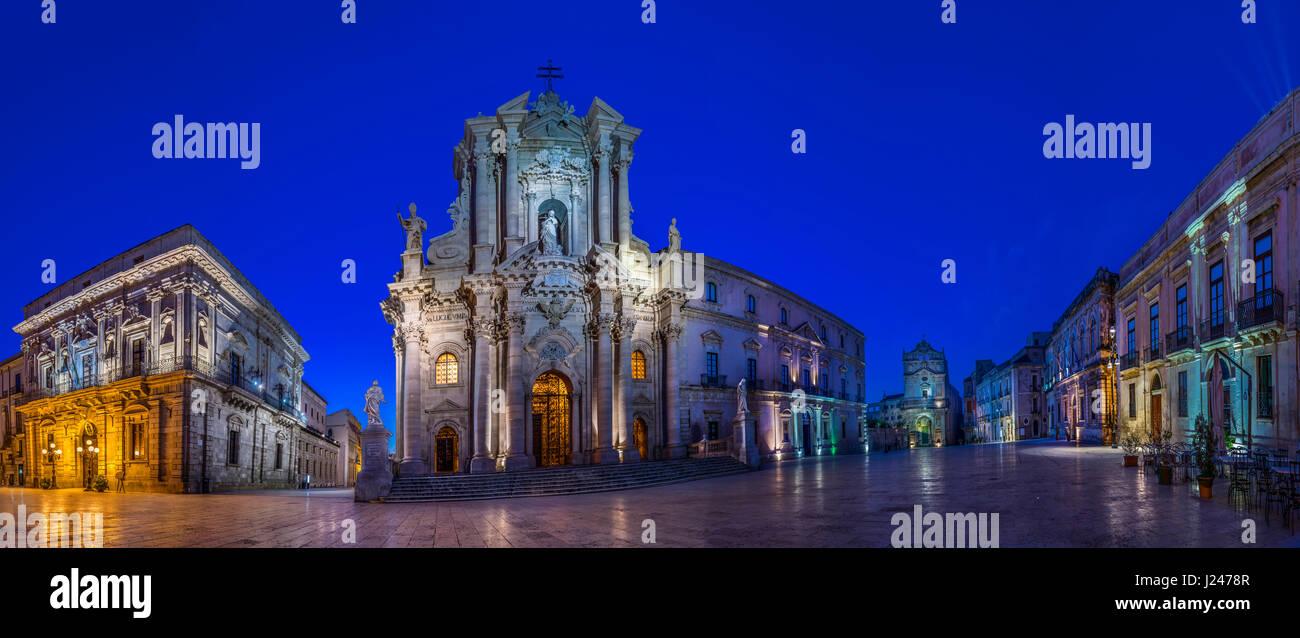 Ortigia, Siracusa (Syracuse). Cathedral of Siracusa - Stock Image