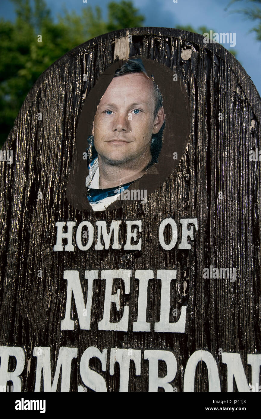 A sign welcomes visitors to Wapakoneta, Ohio, the boyhood home of Apollo 11 astronaut Neil Armstrong, first man Stock Photo